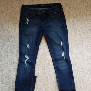 hollister ripped lowrise skinny jeans  3 regular